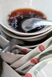Pile des cuvettes sales Images libres de droits