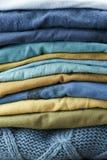 Pile des débardeurs de laine Photo stock