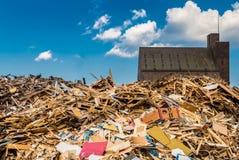 Pile des déchets en bois idustrial Photo libre de droits