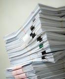 Pile des documents Photos libres de droits