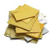 Pile des enveloppes matelassées photo stock