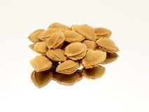 Pile des graines d'abricot Image stock
