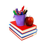Pile des livres et de la pomme photo stock