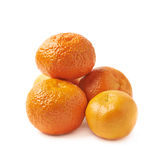 Pile des mandarines d'isolement Photo stock