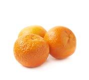 Pile des mandarines d'isolement Images stock