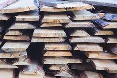 Pile des panneaux de pin Photographie stock libre de droits