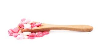 Pile des perles en forme de coeur d'isolement Photographie stock libre de droits