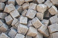 Pile des pierres grises de pavé Photos libres de droits
