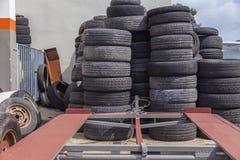 Pile des pneus Images libres de droits