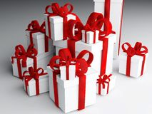 Pile des présents enveloppés Images libres de droits