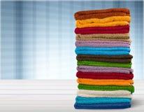 Pile des serviettes roulées, vue en gros plan photographie stock libre de droits