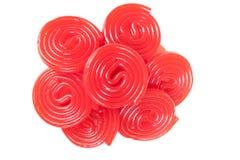 Pile des spirales rouges de réglisse Photo libre de droits