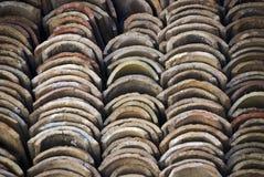 Pile des tuiles de toit Photographie stock
