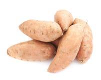 Pile des usines de patate douce d'isolement Photographie stock