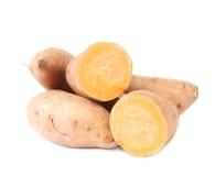 Pile des usines de patate douce d'isolement Images stock