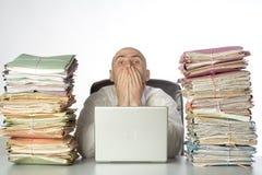 Pile di lavoro di ufficio fotografie stock