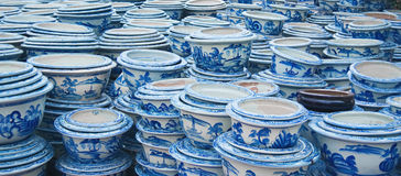 Pile di POT di ceramica fotografia stock