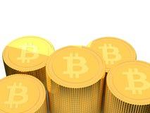 pile dorate della moneta di 3D Bitcoin Immagini Stock