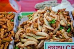 Pile du cou du porc frit Photo libre de droits