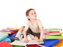 Pile du relevé d'enfant des livres. Photo stock
