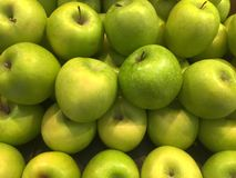 Pile of Fresh Green Apples Royalty Free Stock Images