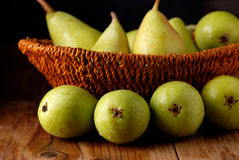 Pile of green pears Royalty Free Stock Photos