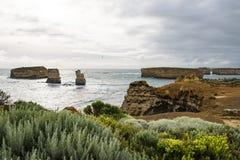 Pile nella grande strada dell'oceano del mare, Australia fotografie stock libere da diritti