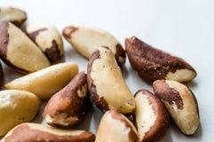 Pile organique crue de noix du brésil sans Shell photographie stock libre de droits