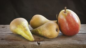 A few fresh pears. A pile of pears on a wooden table Royalty Free Stock Photography