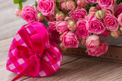 Pile  of pink roses Stock Photography