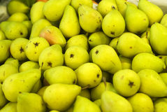 Pile of ripe pears Royalty Free Stock Photos