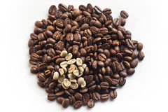 Pile of roasted coffee beans Royalty Free Stock Photos