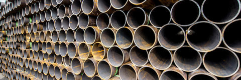 Pile of rusty pipes Royalty Free Stock Images