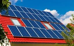 Pile solari Fotografie Stock
