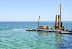 Piledriver: Costruzione dell'Oceano Indiano Fotografie Stock