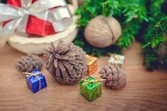Piles de cadeaux de Noël Images stock