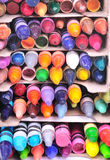Piles de crayons utilisés Images stock