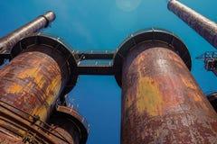 Piles industrielles d'acier Photographie stock