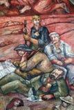 Pilger, die einen Bruch, Fresko auf der Wand des Pilgerfahrthauses von St James in Hohenberg, Deutschland haben stockbild