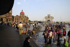 Pilgerfahrt zur Basilika in Mexiko City stockbild