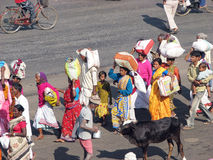 Pilgrims are going to the Jagannath Temple in Puri Royalty Free Stock Photos