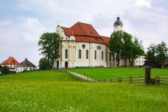 Pilgrimsfärd kyrkliga Wieskirche i Wies, Tyskland Arkivfoton