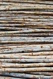 Pilha da madeira no armazenamento dos registros imagens de stock royalty free