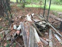 Pilha da madeira da sucata fotos de stock royalty free