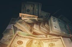 Pilha da moeda do dinheiro Fotos de Stock Royalty Free