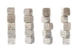 Pilha da pilha das pedras refrigerando do uísque isoladas Imagem de Stock Royalty Free
