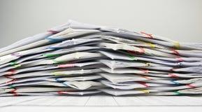Pilha da sobrecarga do documento Imagens de Stock Royalty Free