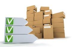 Pilha das caixas com lista de verificação Fotografia de Stock Royalty Free