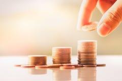 Pilha das moedas do dinheiro imagens de stock royalty free