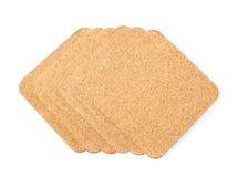 Pilha das pousas-copos textured cortiça isoladas Imagem de Stock